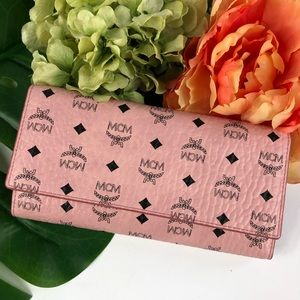 MCM soft pink Viseto three fold wallet large new